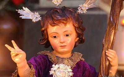 """Bolsa de Caridad """"Niño Jesús de la Pasión"""": Nueva entrega de ropa."""