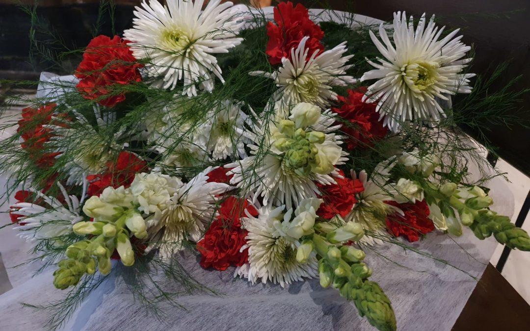 Ofrenda floral al Señor de la Humildad y Paciencia.